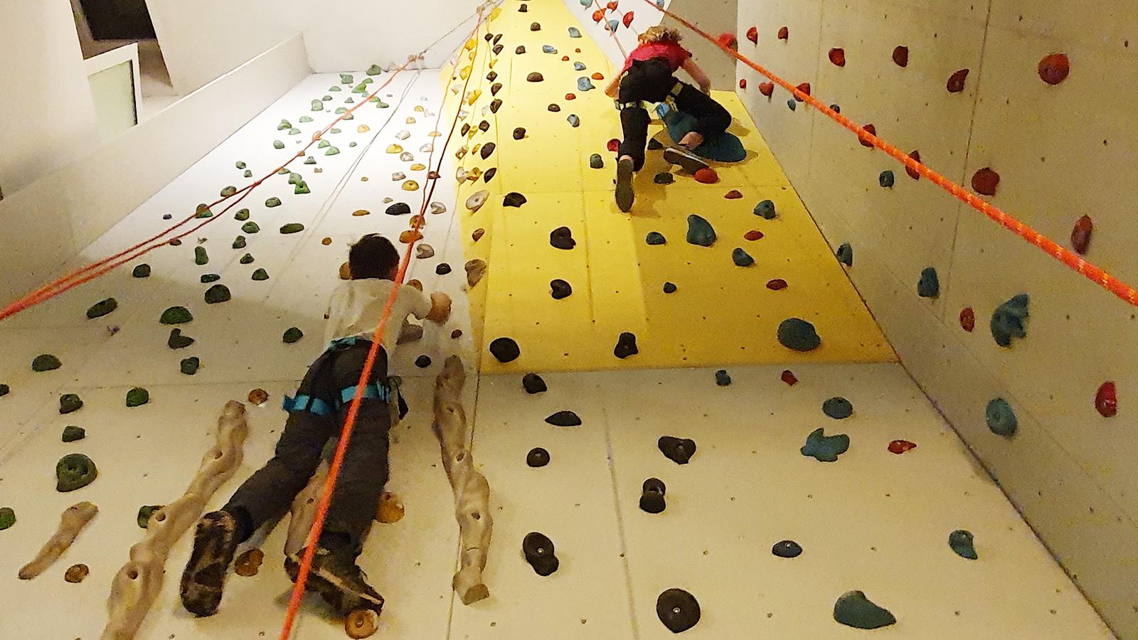 Gemeinsam stark: Hoch hinaus im Kletterkurs